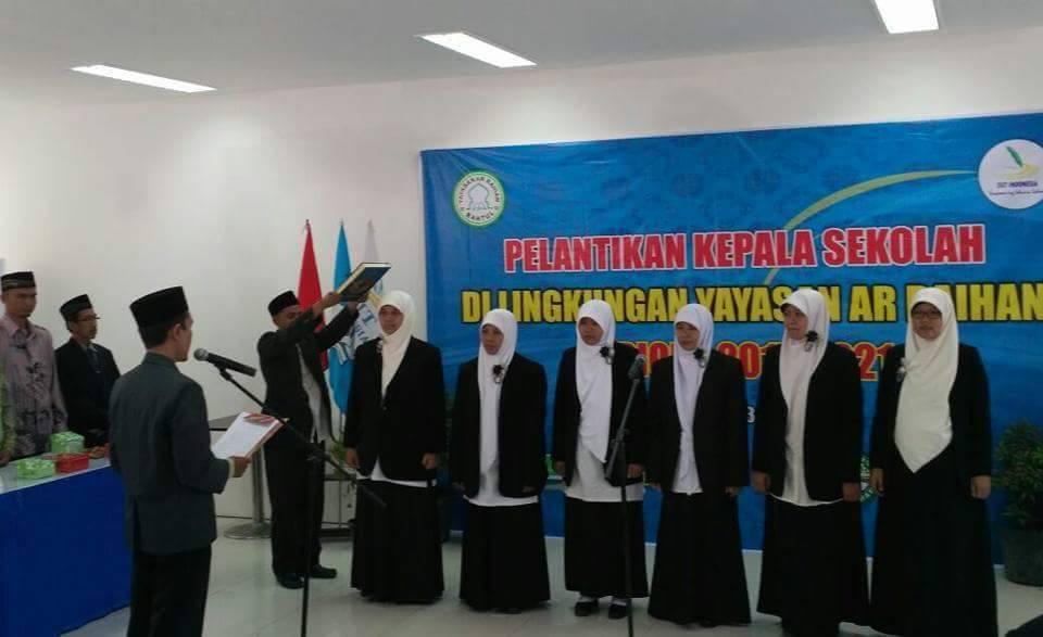 Mustaqimah Gantikan Triadmoko Pimpin SDIT Ar Raihan 2017-2021